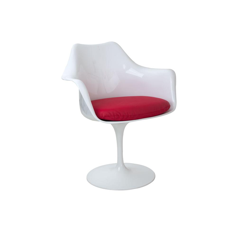 Cadeira Saarinen Com Braço Branca Com Almofada Vermelha