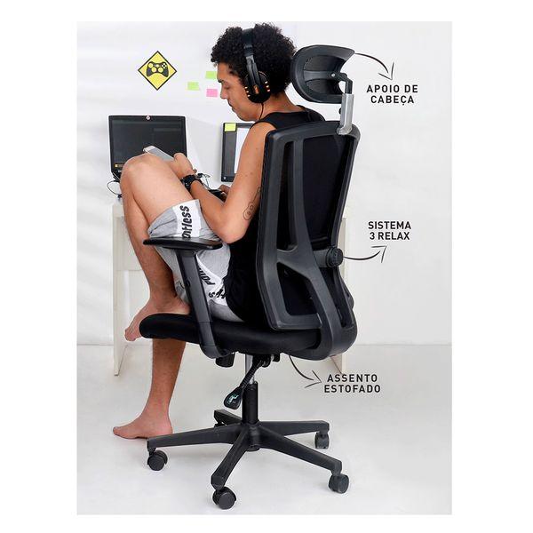cadeira-de-escritorio-office-still-com-homem-sentado