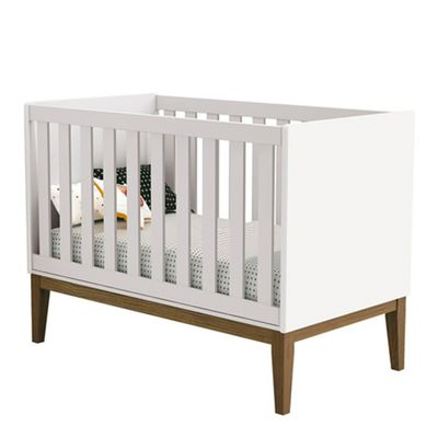 berco-mini-cama-retro-square-com-pes-em-madeira-branco-1