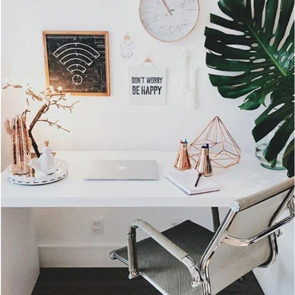 cadeira-de-escritorio-noruega-alta-preta-ambiente