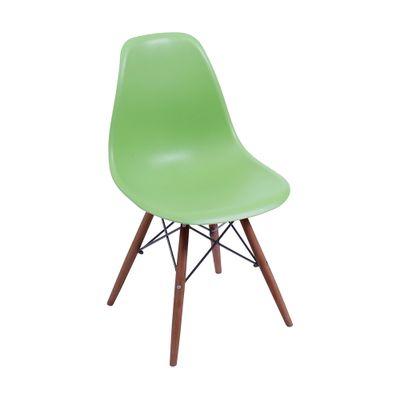 cadeira-eiffel-com-pes-em-madeira-escura-verde