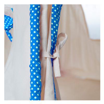cabana-infantil-com-manta-cru-azul-ceu-com-poa-branco3