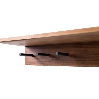 prateleira-planos-com-ganchos-detalhe-ganchos-lateral