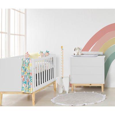 berco-mini-cama-retro-square-com-pes-em-madeira-natural-branco