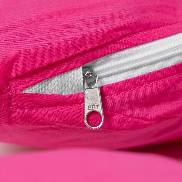 almofada-para-amamentacao-flo-com-capa-rosa-parte-rosa-detalhe-rosa
