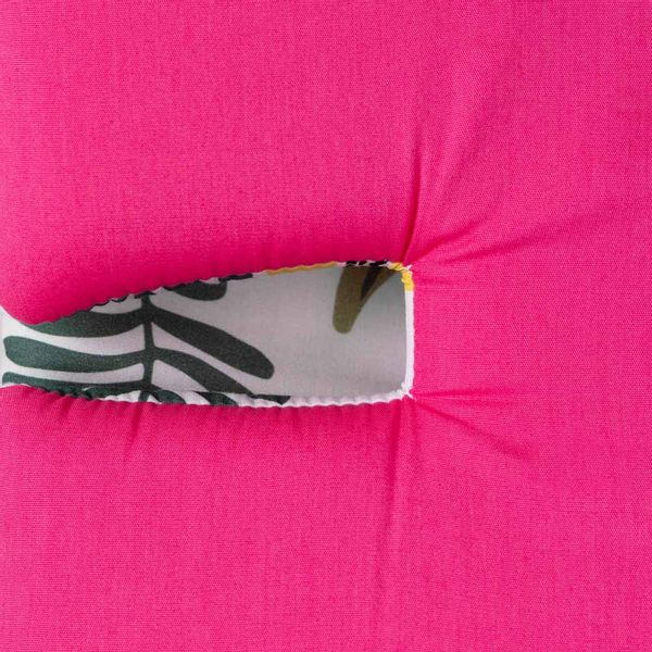 protetor-de-carrinho-universal-dupla-face-flo-rosa-frente-flo-detalhe-aproximado