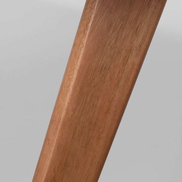 mesa-square-redonda-tampo-branco-fosco-80cm-detalhes-pes