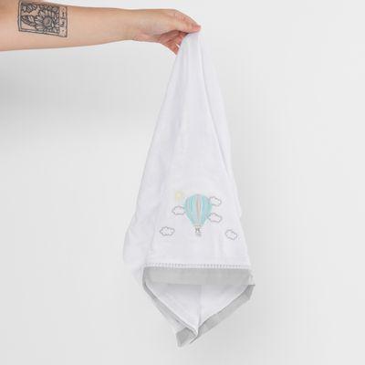toalha-fralda-balao-cinza-ambiente