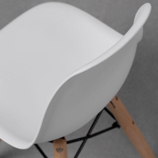 cadeira-eiffel-infantil-base-madeira-branca-assento