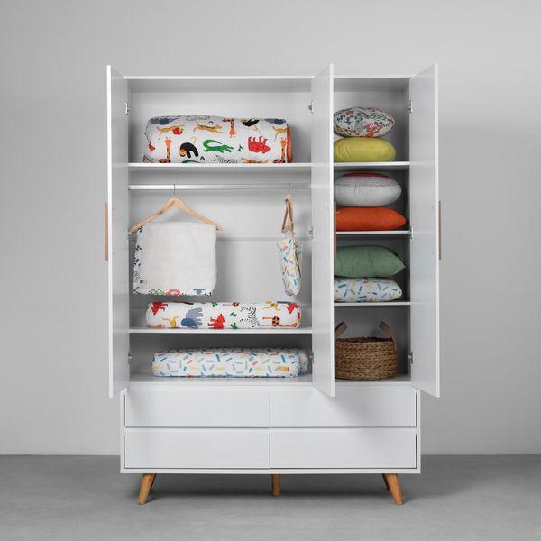 guarda-roupa-retro-3-portas-e-4-gavetas-branco-fosco-ambientado