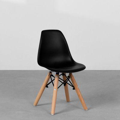 cadeira-eiffel-infantil-base-madeira-preta-diagonal