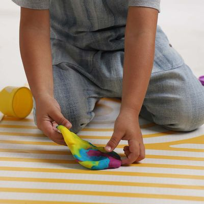 tapete-infantil-playmat-amarelo-ambientada